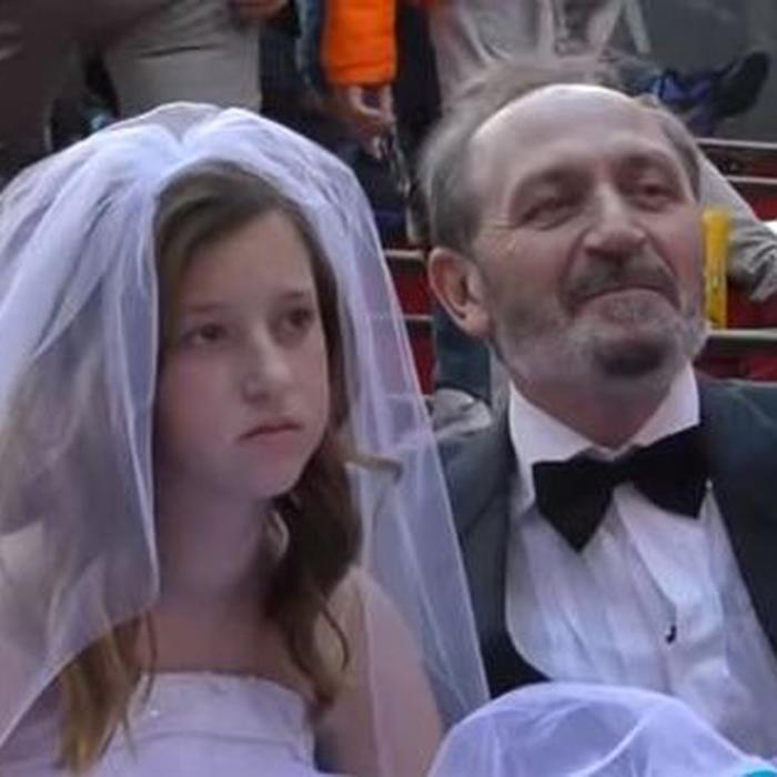 نتیجه تصویری برای ازدواج با پیرمردان  در ایران