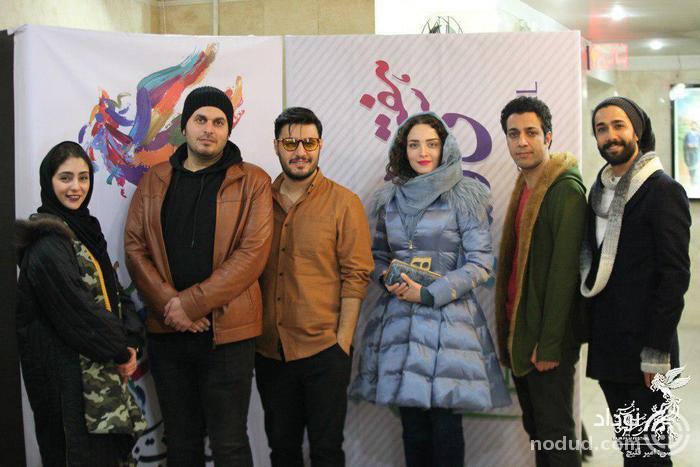 تصاویری از تیپ بازیگران در جشنواره فجر و حرکات عجیب آن ها