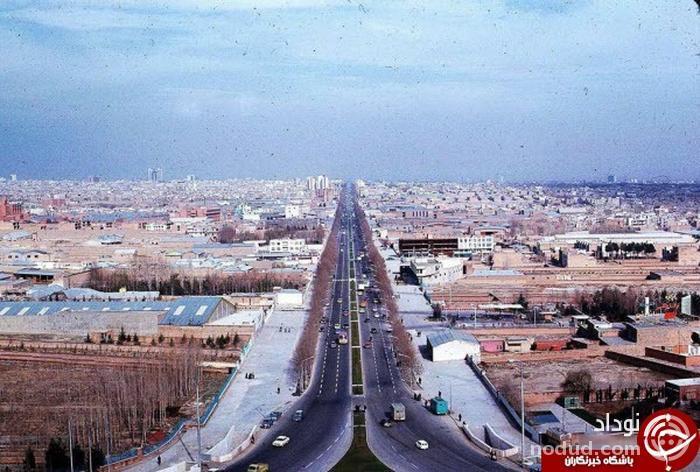 عکس تاریخی تهران از بالای برج آزادی در سال ۱۳۵۳