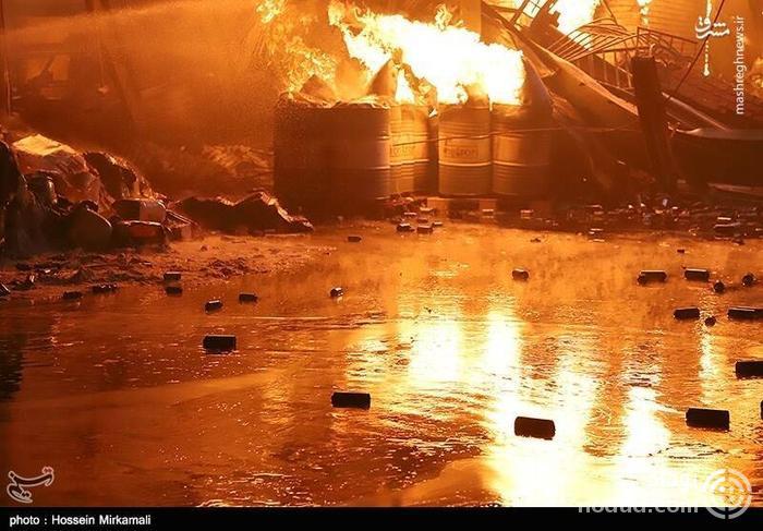 عکس /  آتش سوزی مرگبار در کارخانه ایران چسب