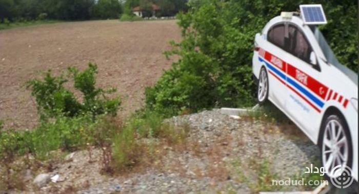 استفاده پلیس در ترکیه از ماکت خودرو برای کاهش سرعت