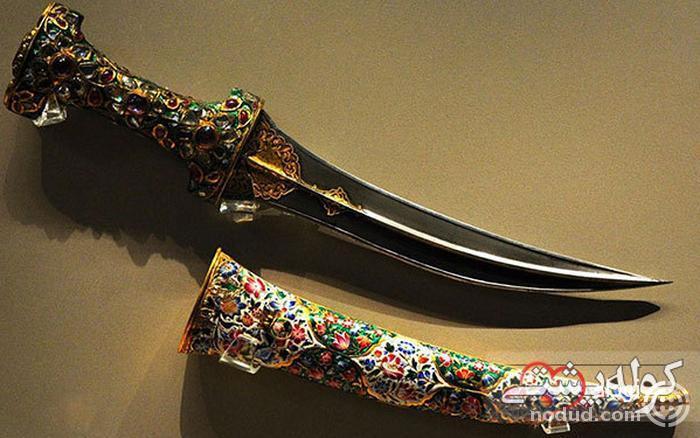 شمشیر های سلطنتی موزه جواهرات ملی ایران