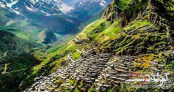 روستای اورامان؛ حیرت آور با بافت سنگی و پلکانی