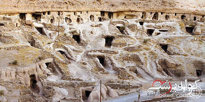 روستای میمند؛ روستای صخره ای و باستانی