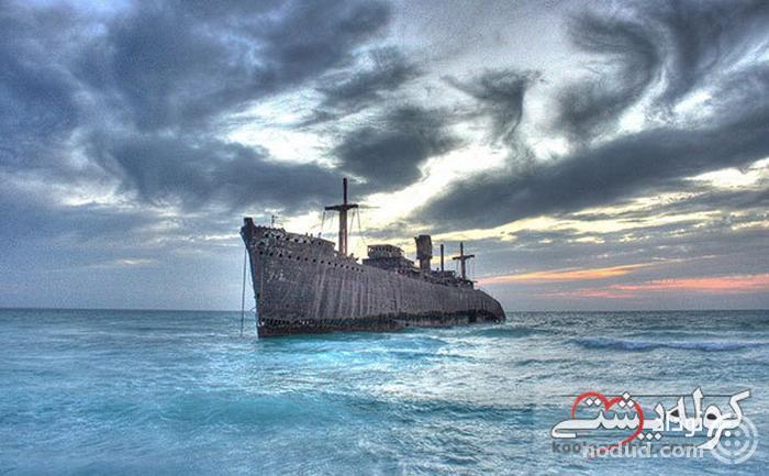 کشتی یونانی؛ نماد و نشان جزیره